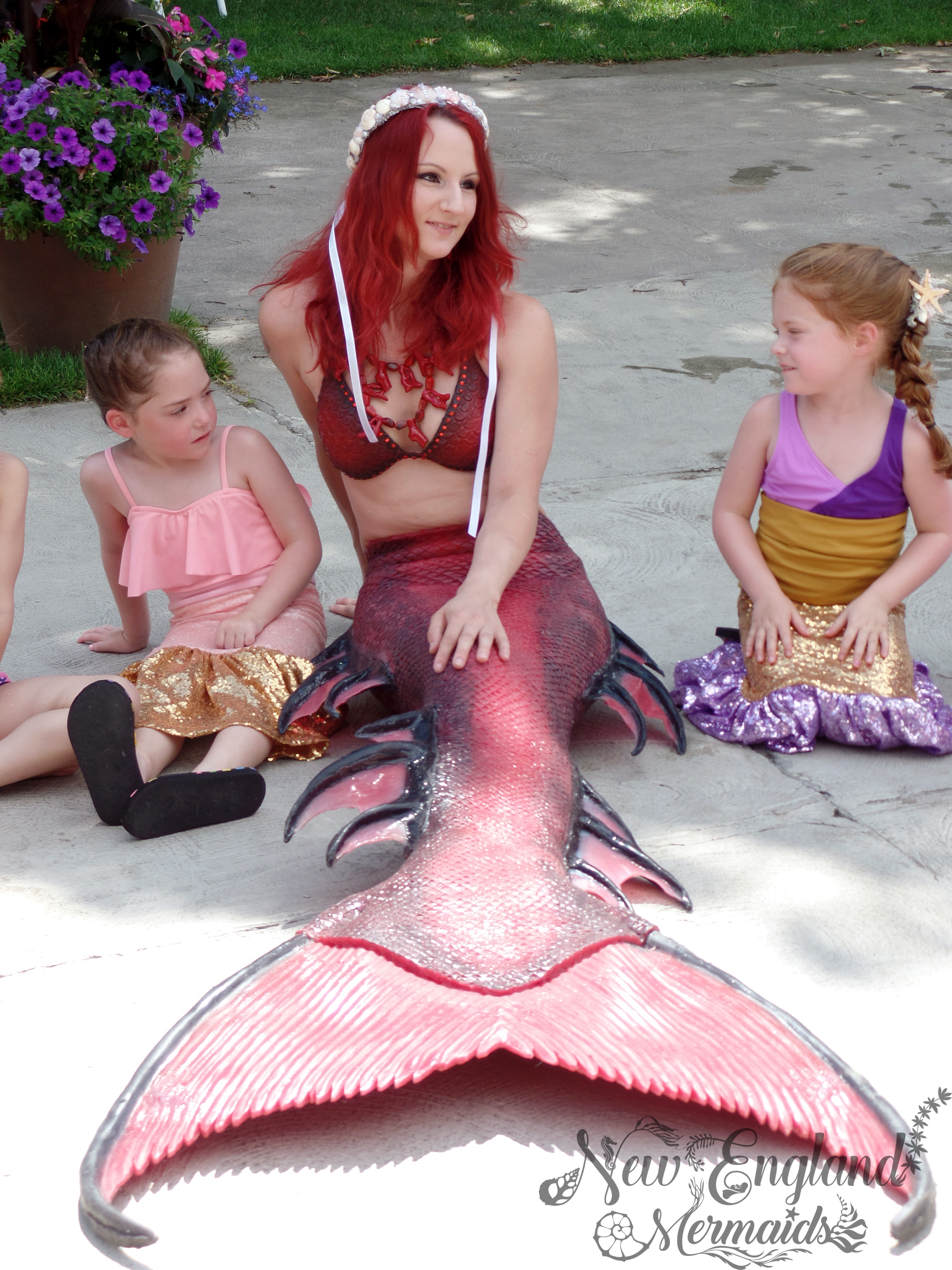 Connecticut Mermaid Performer Swimming For Parties And