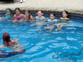 Filming Kids Mermaid Birthday Party Underwater