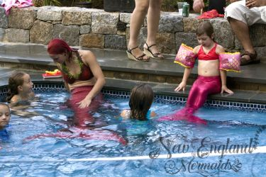 mermaid-sasha-real-live-mermaid-party-pool-birthday-kids-swimming-newport-rhode-island