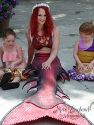 mermaid-swimming-at-pool-party-events-mermaid-crown-real-mermaid-sasha-massachusetts