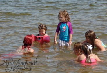 Real Mermaid Performer Swimming In Lake For Kids Birthday Parties Massachusetts
