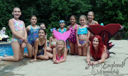 Real Mermaids for Events and Parties - Swimming Mermaids