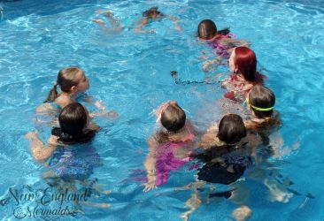 Underwater Filming Mermaid Birthday Party Swimming Pool